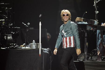 Singer Jon Bon Jovi performs with his band Bon Jovi during the 2012 iHeart Radio Music Festival at the MGM Grand Garden Arena in Las Vegas, Nevada September 21, 2012. REUTERS/Steve Marcus