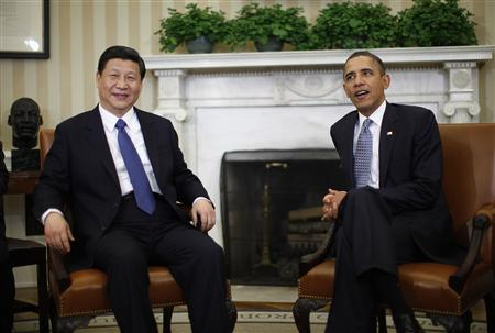 U.S. President Barack Obama (R) meets with China's Vice President Xi Jinping in the Oval Office of the White House in Washington, February 14, 2012. REUTERS/Jason Reed