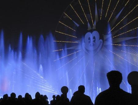 People watch the ''World of Color'' show at Disneyland in Anaheim, California, March 11, 2011. REUTERS/Mike Blake