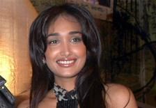 Bollywood actress Jiah Khan at a party for the movie Ghajini in Mumbai, December 30, 2008. REUTERS/Manav Manglani