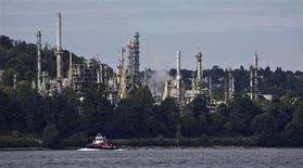 The Chevron oil refinery is pictured on the shores of the Burrard Inlet in Burnaby, British Columbia August 9, 2012. REUTERS/Andy Clark