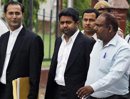 Businessman Abhishek Verma (C) leaves the court after his hearing in New Delhi June 9, 2012. REUTERS/Parivartan Sharma/Files