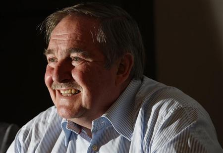 The British government's former chief drugs adviser, David Nutt, reacts as he speaks during a news conference announcing the formation of the Independent Scientific Committee on Drugs, in London January 15, 2010. REUTERS/Suzanne Plunkett