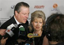 Al Gore arrives with Tipper for the International Emmys in New York November 19, 2007. REUTERS/Lucas Jackson
