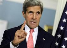 وزير الخارجية الامريكية جون كيري يدلي بتصريحات بشأن سوريا في واشنطن يوم 31 مايو ايار 2013. تصوير. يوري جريباس - رويترز