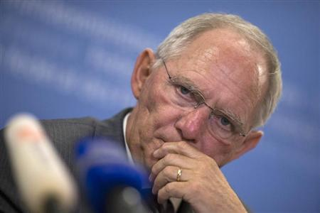 German Finance Minister Wolfgang Schaeuble attends a news briefing after talks with his Portuguese counterpart Vitor Gaspar at the finance ministry in Berlin, May 22 , 2013. REUTERS/Thomas Peter
