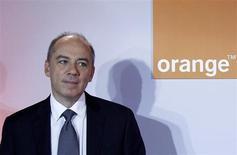 Le conseil d'administration d'Orange a décidé lundi de maintenir à son poste de PDG Stéphane Richard, mis en examen dans le cadre de l'affaire Tapie. /Photo prise le 22 février 2012/REUTERS/Jacky Naegelen
