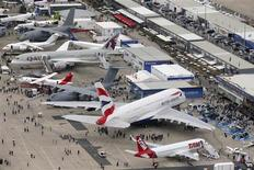 Les motoristes avaient enregistré pour 24 milliards de dollars (18 milliards d'euros) de commandes mercredi soir au salon du Bourget, attestant de la forte demande des compagnies aériennes en avions économes en kérosène. /Photo prise le 18 juin 2013/REUTERS/Pascal Rossignol