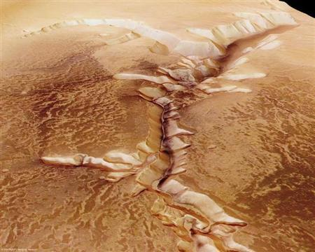 The High-Resolution Stereo Camera (HRSC) on board ESA's Mars Express has returned images of Echus Chasma, one of the largest water source regions on the Red Planet. REUTERS/ESA/DLR/FU Berlin/G.Neukum/Handout