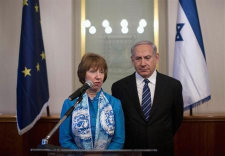 European Union foreign policy chief Catherine Ashton (L) speaks during her meeting with Israel's Prime Minister Benjamin Netanyahu in Jerusalem June 20, 2013. REUTERS/Abir Sultan/Pool