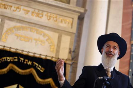 Israel's Chief Rabbi Yona Metzger speaks during a ceremony in one of Budapest's oldest synagogue after it was rededicated after 50 years, September 5, 2010. REUTERS/Bernadett Szabo