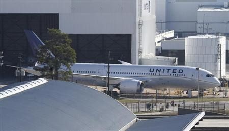 United Airlines 787 Dreamliner jets are seen parked on the tarmac at George Bush Intercontinental Airport in Houston, Texas January 17, 2013. REUTERS/Donna Carson