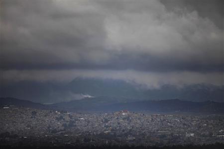 An aerial view of Mexico City June 20, 2013. REUTERS/Edgard Garrido