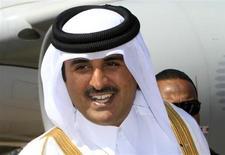 الأمير تميم بن حمد ال ثاني ولي عهد قطر في زيارة الى السودان في 4 ديسمبر كانون الأول 2011. تصوير: محمد نور الدين عبد الله - رويترز