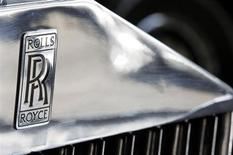 The company logo is seen on a Rolls Royce Phantom III car at the Continental Automobile dealership in Villeneuve sur Lot, Southwestern France, February 15, 2013. REUTERS/Regis Duvignau