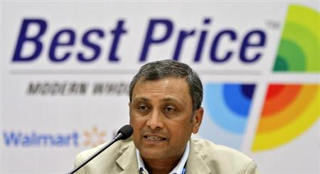 Raj Jain, president of Wal-Mart India, addresses the media during the inauguration of a newly opened Bharti Wal-Mart Best Price Modern wholesale store in Hyderabad September 26, 2012. REUTERS/Krishnendu Halder