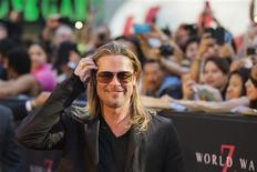 """Brad Pitt, que está no elenco do filme """"Guerra Mundial Z"""", vai à estreia em Nova York. 17/06/2013 REUTERS/Lucas Jackson"""