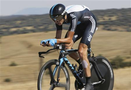 Sky Procycling's Chris Froome of Britain cycles during the tenth stage of the Tour of Spain ''La Vuelta'' cycling race in Salamanca August 29, 2011. REUTERS/Joseba Etxaburu