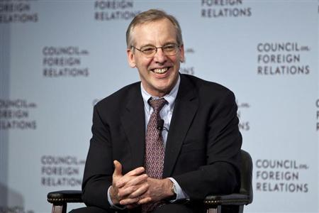 William C. Dudley, president and chief executive officer of the Federal Reserve Bank of New York, answers questions during a lunch at the Council on Foreign Relations in New York, May 24, 2012. REUTERS/Andrew Burton