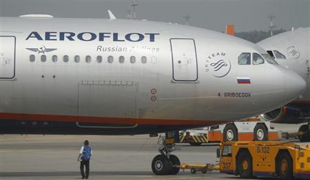 An Aeroflot Airbus A330 plane heading to the Cuban capital Havana is taxied at Moscow's Sheremetyevo airport June 27, 2013. REUTERS/Alexander Demianchuk
