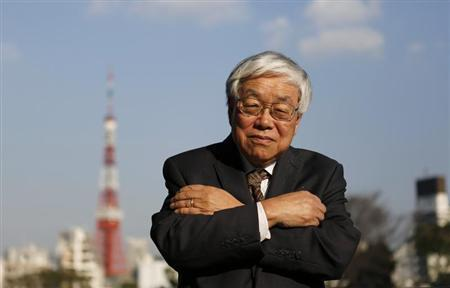 Koichi Hamada, professor emeritus of economics at Yale University and an economic adviser to Japan's Prime Minister Shinzo Abe, poses for photos after an interview with Reuters in Tokyo March 15, 2013. REUTERS/Toru Hanai