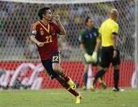 Jesús Navas, da Espanha, comemora depois de marcar gol na semifinal contra a Itália pela Copa das Confederações, no estádio Castelão, em Fortaleza. 27/06/2013 REUTERS/Ivan Alvarado