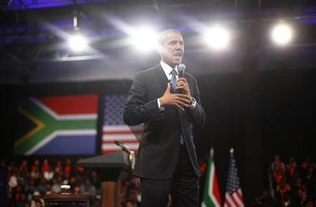 U.S. President Barack Obama participates in a town hall-style meeting with young African leaders at the University of Johannesburg in Soweto, June 29, 2013. REUTERS/Jason Reed