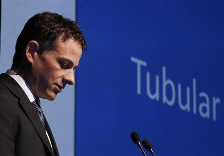 David Einhorn speaks at the Sohn Investment Conference in New York, May 8, 2013.REUTERS/Brendan
