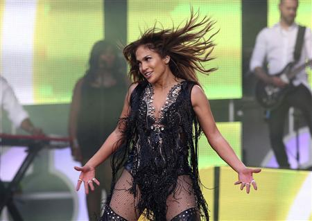 Singer Jennifer Lopez performs at ''The Sound of Change'' concert at Twickenham Stadium in London in this June 1, 2013 file photo. REUTERS/Neil Hall/Files