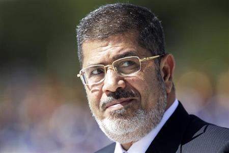 エジプト大統領が軍の最後通告を拒否、「自らの計画堅持」