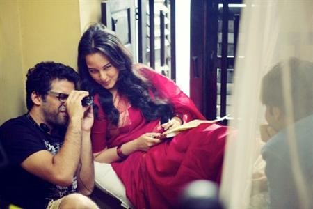 Handout pictures from the sets of the film 'Lootera'.