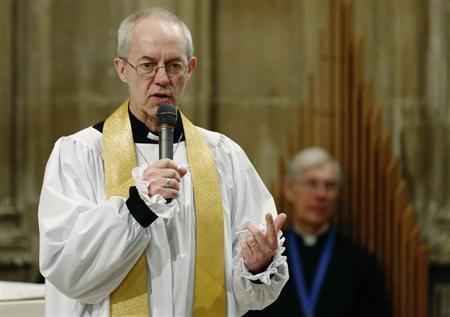 The new Archbishop of Canterbury Justin Welby speaks to the congregation during his first service at Canterbury Cathedral in southern England March 23, 2013. REUTERS/Luke MacGregor