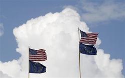 Evoquées depuis près de deux ans, les discussions entre l'Union européenne et les Etats-Unis en vue d'un accord de libre-échange ont débuté lundi à Washington dans un climat tendu par les accusations d'espionnage de ses partenaires visant Washington. /Photo d'archives/REUTERS/Tobias Schwarz