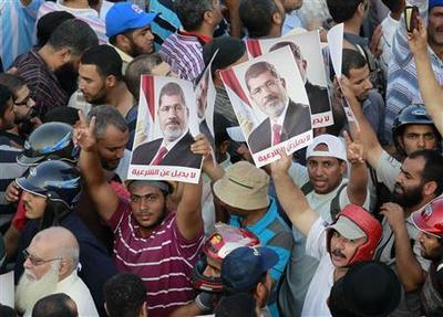 Egypt showered with Gulf billions in show of support...