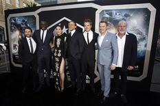 "Cast members (L-R) Charlie Day, Idris Elba, Rinko Kikuchi, Charlie Hunnam, Robert Kazinsky, Diego Klattenhoff and Ron Perlman pose at the premiere of ""Pacific Rim"" at Dolby theatre in Hollywood, California July 9, 2013. REUTERS/Mario Anzuoni"