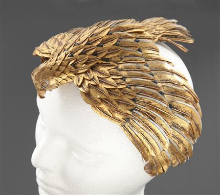 Elizabeth taylor 39 s 39 cleopatra 39 headdress jewels go to for Who sells lizzy james jewelry
