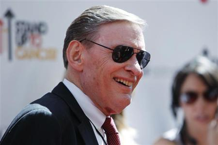 Commissioner of Major League Baseball Bud Selig poses at the ''Stand Up To Cancer'' television event, aimed at raising funds to accelerate innovative cancer research, at the Sony Studios Lot in Culver City, California September 10, 2010. REUTERS/Danny Moloshok