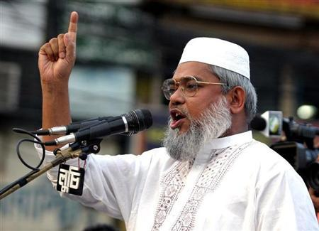 Ali Ahsan Mojaheed addresses a protest rally organised by the Jamat -e-Islami Party against opposition parties' programmes in Dhaka April 21, 2006. REUTERS/Rafiqur Rahman/Files