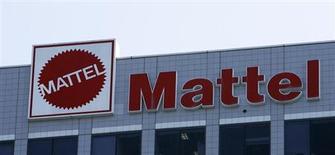 The logo of Mattel is seen outside the company's corporate headquarters in El Segundo, California July 17, 2008. REUTERS/Mario Anzuoni