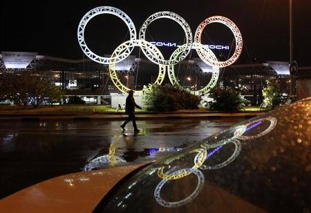 The Olympic rings are seen in front of the airport of Sochi, the host city for the Sochi 2014 Winter Olympics, April 22, 2013. REUTERS/Alexander Demianchuk