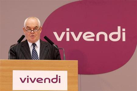 Jean-Francois Dubos, Chairman of the Management Board and CEO of Vivendi, speaks during the company's 2012 annual results presentation in Paris February 26, 2013. REUTERS/Jacky Naegelen