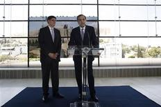 Greece's Prime Minister Antonis Samaras (R) addresses reporters next to U.S. Treasury Secretary Jack Lew at the Athens Acropolis Museum in Athens July 21, 2013. REUTERS/Kostas Tsironis/Pool