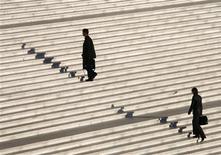 Un nombre record de près de 893.000 auto-entrepreneurs étaient recensés à fin mai en France, dont 49% -une proportion stable depuis un an- dégagent un chiffre d'affaires positif, selon les données publiées par l'Acoss, l'agence centrale des organismes de sécurité sociale. /Photo d'archives/REUTERS/John Schults