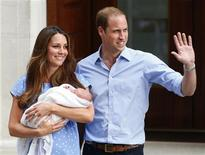 Britain's Prince William and his wife Catherine, Duchess of Cambridge appear with their baby son outside the Lindo Wing of St Mary's Hospital, in central London July 23, 2013. REUTERS/Andrew Winning