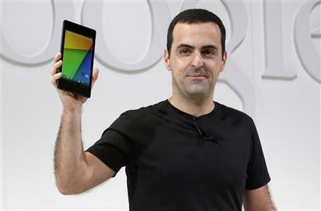 Hugo Barra, director of Product Management at Android, holds the new Nexus 7 tablet during a Google event at Dogpatch Studio in San Francisco, California, July 24, 2013. REUTERS/Beck Diefenbach