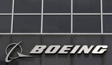 The Boeing logo is seen at their headquarters in Chicago in this April 24, 2013 file photo. REUTERS/Jim Young/Files