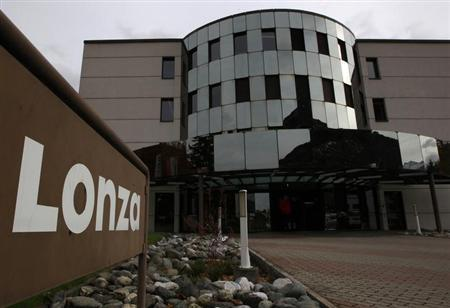 A logo of Swiss drug industry supplier Lonza is pictured outside the company's quarters in Visp October 31, 2012. REUTERS/Ruben Sprich