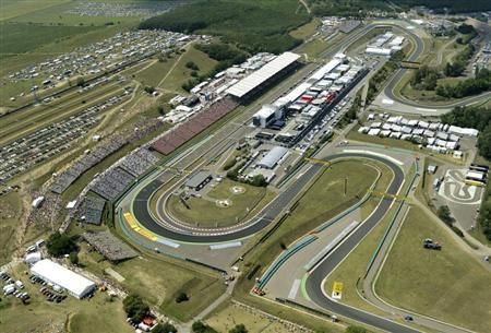 Aerial view of the Formula One Hungaroring circuit at the Hungarian F1 Grand Prix near Budapest July 29, 2012. REUTERS/ Sandor H. Szabo/Hungarian Police (ORFK)/Handout