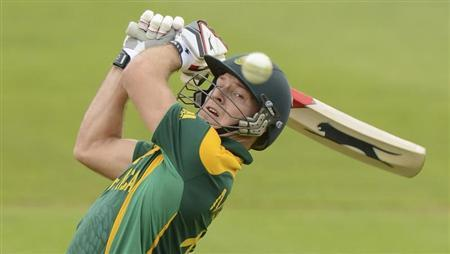 South Africa's David Miller attempts to hit the ball during their ICC Champions Trophy group B match against the West Indies at Cardiff Wales Stadium, Wales June 14, 2013. REUTERS/Philip Brown