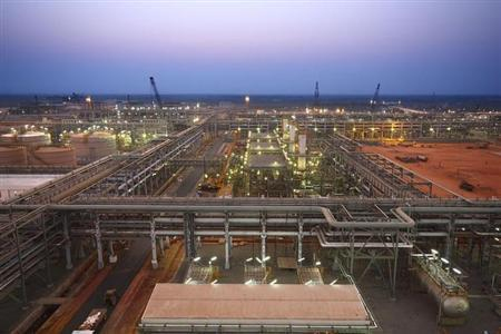 Reliance Industries KG-D6's facility located in Andhra Pradesh is pictured in this undated handout photo. REUTERS/Reliance Industries/Handout/Files